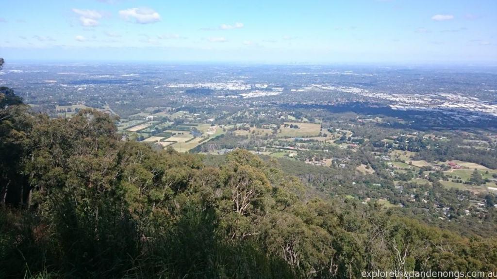 Burkes Lookout - Views over Melbourne, Mt Dandenong