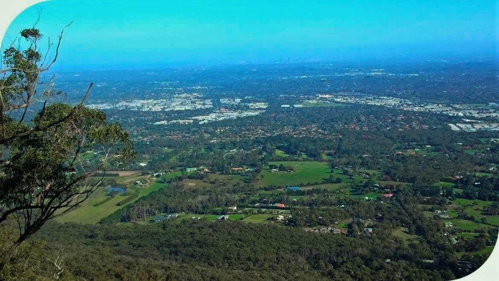 Burkes Lookout Mount Dandenong