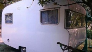 Vintage caravan glamping, Victoria